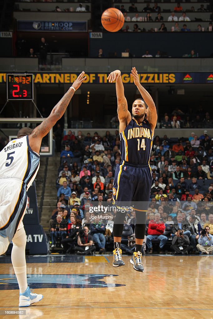 D.J. Augustin #14 of the Indiana Pacers takes a shot against the Memphis Grizzlies on January 21, 2013 at FedExForum in Memphis, Tennessee.