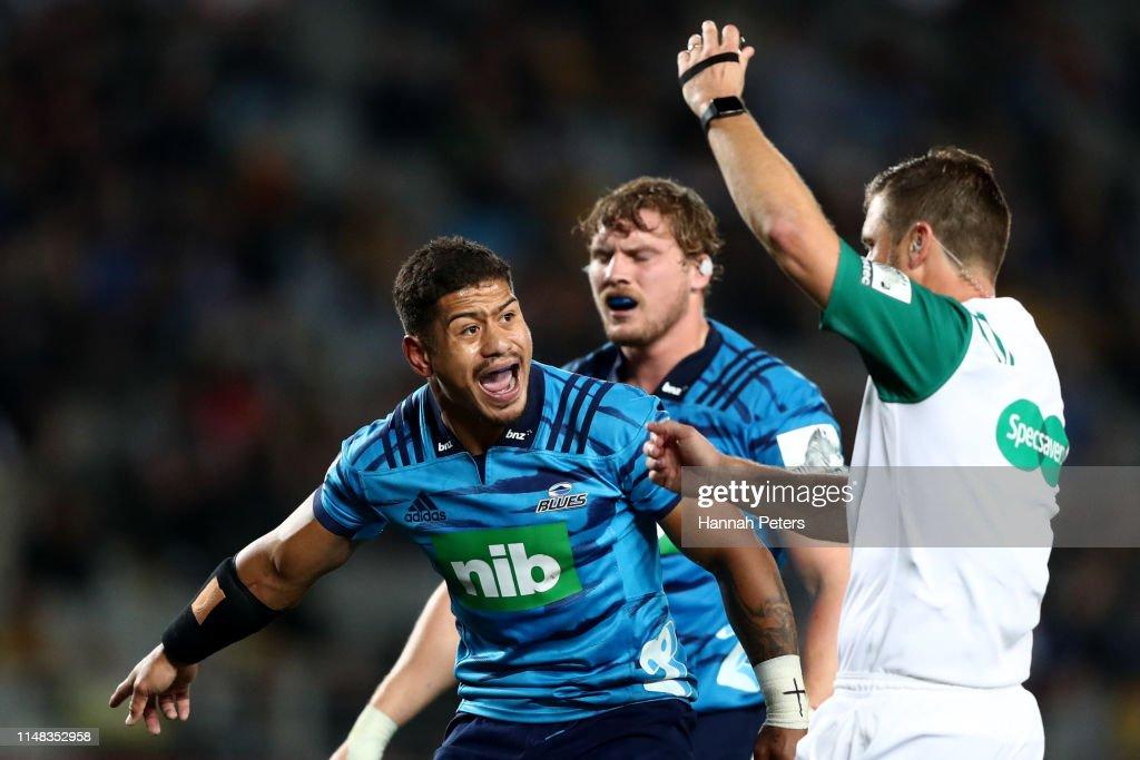 Super Rugby Rd 13 - Blues v Hurricanes : News Photo