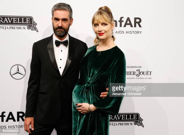 Augusto de Arruda Botelho and Ana Claudia Michels attend during the 2018 amfAR Gala Sao Paulo at the home of Dinho Diniz on April 13 2018 in Sao...