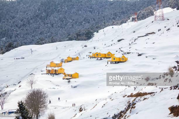 auli ski resort - uttarakhand stock pictures, royalty-free photos & images
