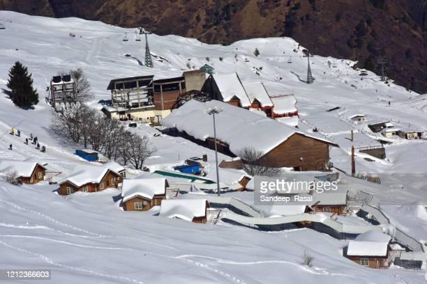 auli skiing destination - uttarakhand stock pictures, royalty-free photos & images