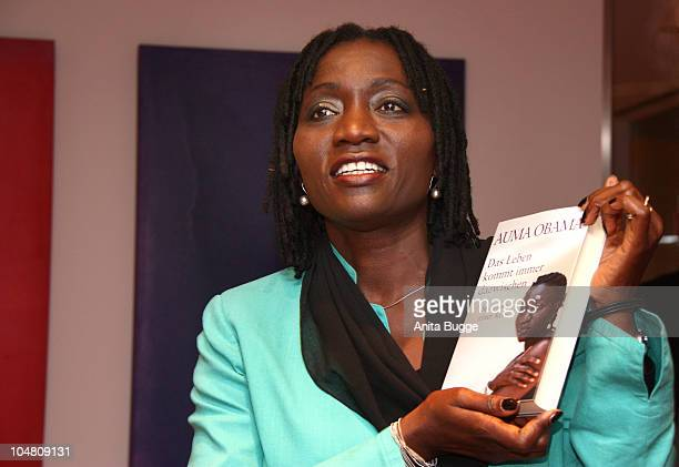 Auma Obama, half-sister of US President Barack Obama, who grew up in Kenya and studied in Germany, presents her autobiography 'Das Leben kommt immer...