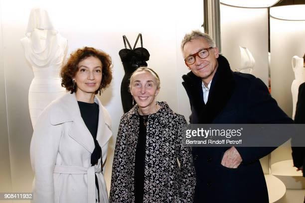 Aurelie Filippetti Carla Sozzani and CEO of Chloe Geoffroy de la Bourdonnaye attend the Azzedine Alaia Je Suis Couturier Exhibition as part of Paris...