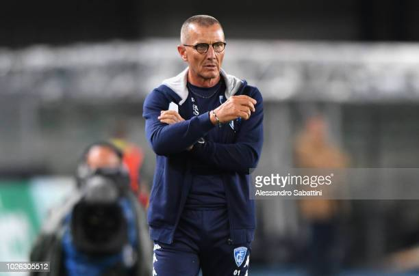 Aurelio Andreazzoli head coach of Empoli Fc looks on during the serie A match between Chievo Verona and Empoli at Stadio Marc'Antonio Bentegodi on...