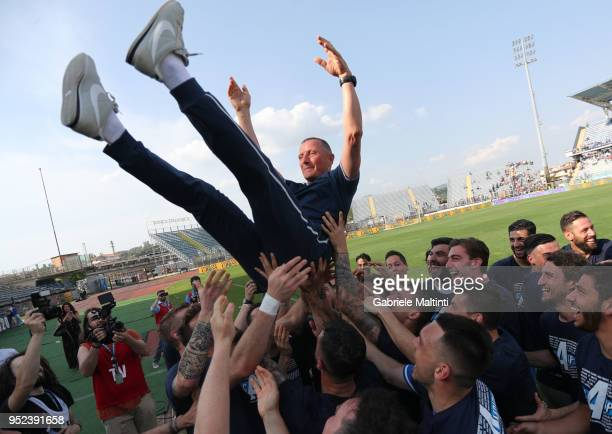 Aurelio Andreazzoli manager of Empoli FC celebrates the promotion in Serie A during the serie B match between Empoli FC and Novara Calcio at Stadio...