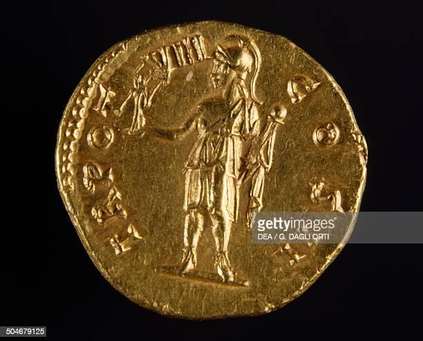 Aureus of Marcus Aurelius reverse depicting the emperor holding a victory Roman coins 2nd century Parigi Jean Vinchon Numismatique