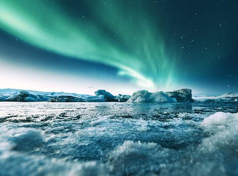 aurora borealis in iceland at jakulsarlon 932650548