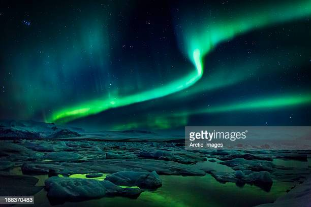 aurora borealis or northern lights, iceland - aurora polaris stock pictures, royalty-free photos & images