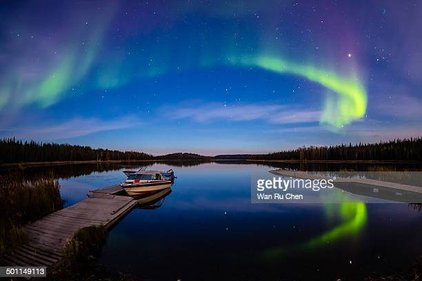 aurora - yellowknife canada stock pictures, royalty-free photos & images
