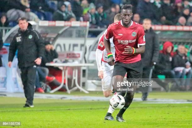 Aus 2 BL Saison 2016/17 Hannover 96 gegen den 1 FC Kaiserslautern 10 in der HDI Arena Im Foto Han96 Spieler Salif Sane 5