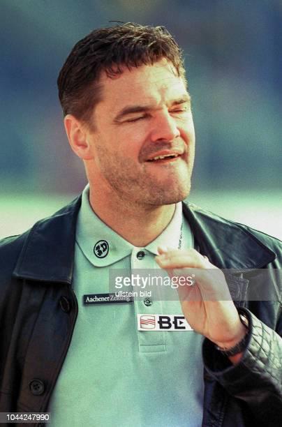 1 Trainer Eugen Hach von Alemania Aachen