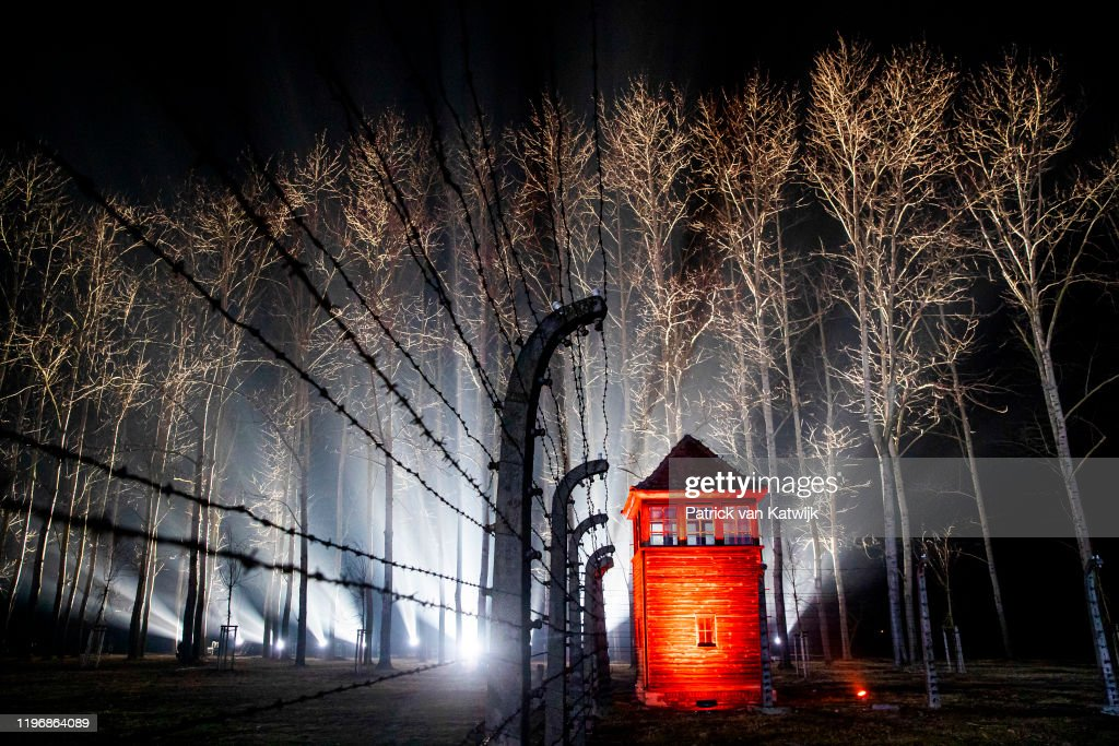 Auschwitz Memorial Commemorates 75th Anniversary Since Liberation : ニュース写真