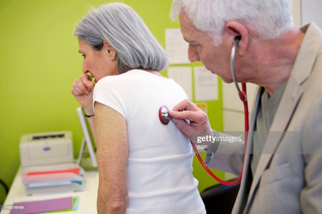 Auscultation, elderly person : Stock Photo