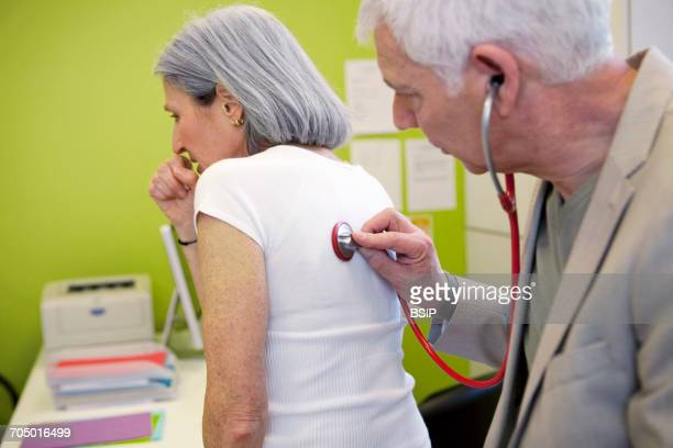 Auscultation, elderly person