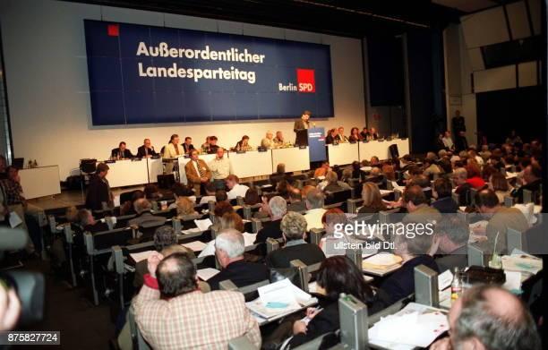 Ausserordentlicher Landesparteitag der SPD Berlin zur Abstimmung über die Koalitionsvereinbarung mit der CDU zwecks Bildung einer Grossen Koalition:...