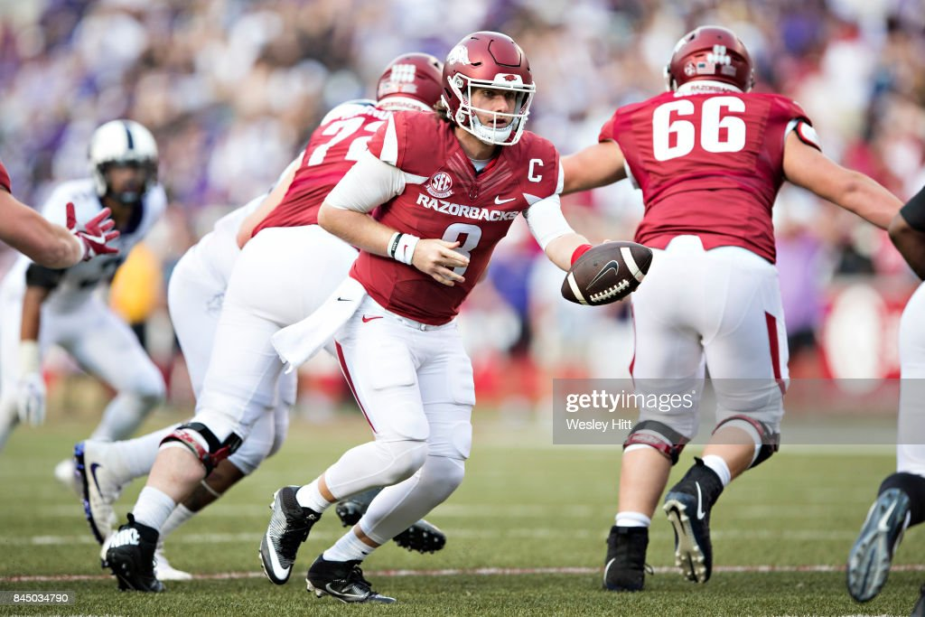 Austin Allen #8 of the Arkansas Razorbacks drops back to make a hand off during a game against the TCU Horned Frogs at Donald W. Reynolds Razorback Stadium on September 9, 2017 in Fayetteville, Arkansas. The Horn Frogs defeated the Razorbacks 28-7.