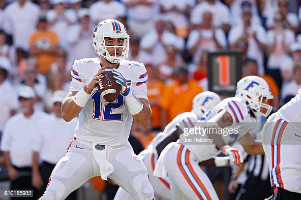 Austin Appleby of the Florida Gators looks to pass against the Tennessee Volunteers in the first quarter at Neyland Stadium on September 24 2016 in...