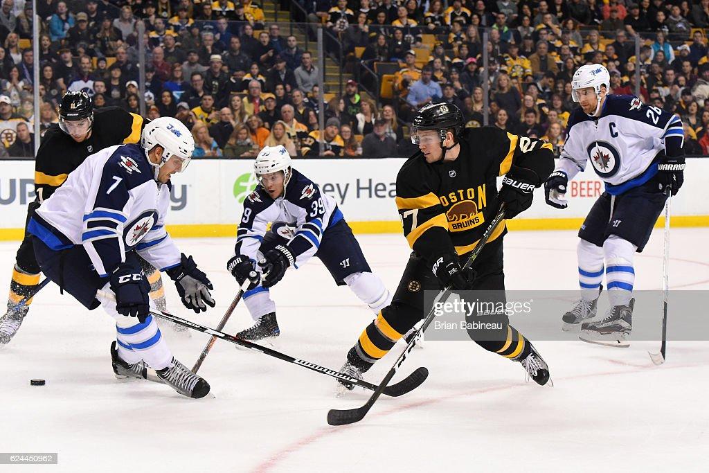 Winnipeg Jets v Boston Bruins
