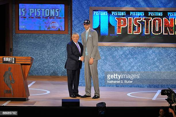 Austin Daye shakes hands with NBA Commissioner David Stern after being selected number fifteen overall by the Detroit Pistons during the 2009 NBA...