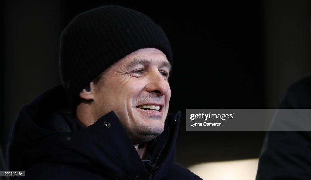 Sale Sharks v Saracens - Aviva Premiership