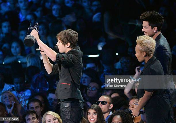 Austin Mahone Adam Lambert and Emeli Sande during the 2013 MTV Video Music Awards at the Barclays Center on August 25 2013 in the Brooklyn borough of...