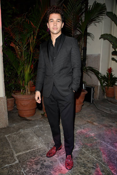 Austin mahone austin mahone austin mahone attends dolce gabbana queen of hearts party show during milan fashion week spring voltagebd Image collections