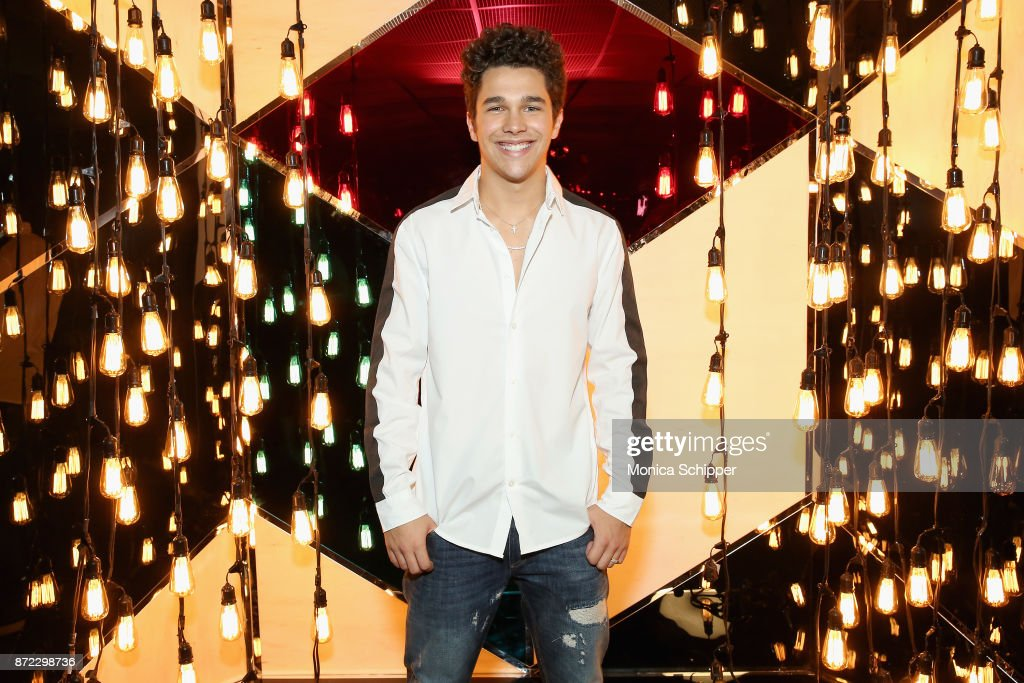 Fossil x Austin Mahone Holiday Event