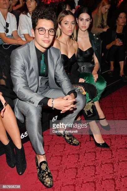 Austin Mahone Delilah Belle Hamlin and Amelia Gray Hamlin attend the Dolce Gabbana show during Milan Fashion Week Spring/Summer 2018 on September 24...