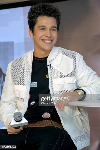 Austin Mahone visits Macy's Herald Square on November 10 2017 in New York City