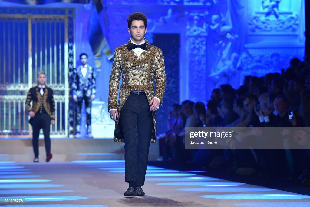 Dolce & Gabbana - Runway - Milan Men's Fashion Week Fall/Winter 2018/19 : News Photo