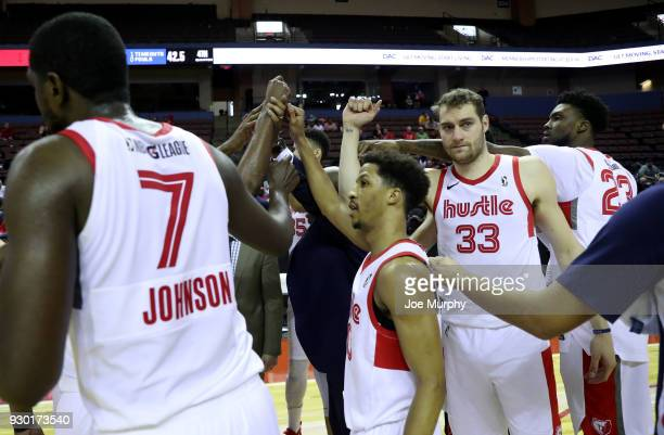 Austin Nichols of the Memphis Hustle with his teammates huddle during the game against the Santa Cruz Warriors during an NBA GLeague game on March 10...