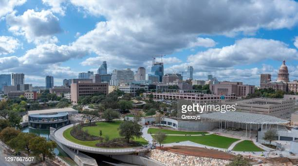 austin skyline waterloo park and capitol - austin texas stock pictures, royalty-free photos & images