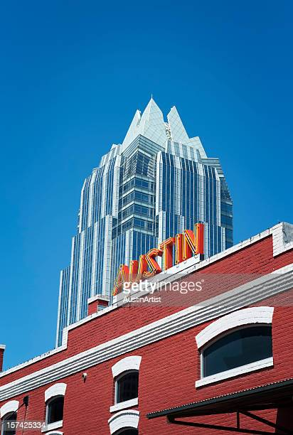 austin skyscraper and sign - austin texas stock pictures, royalty-free photos & images