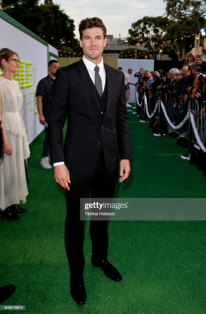 """Premiere Of Fox Searchlight Pictures' """"Battle Of The Sexes"""" - Red Carpet : News Photo"""