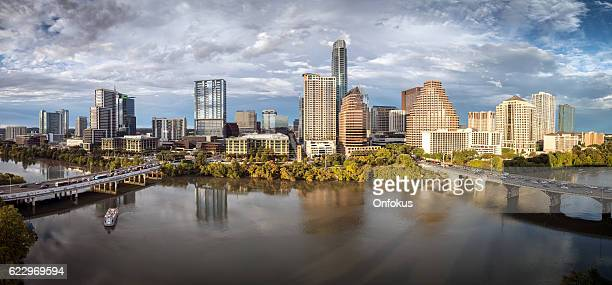 austin texas downtown skyscrapers skyline panorama cityscape at sunset - austin texas fotografías e imágenes de stock