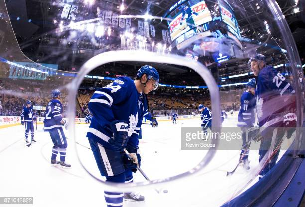 Auston Matthews of the Toronto Maple Leafs warms up with his teammates before facing the Vegas Golden Knights at the Air Canada Centre on November 6...