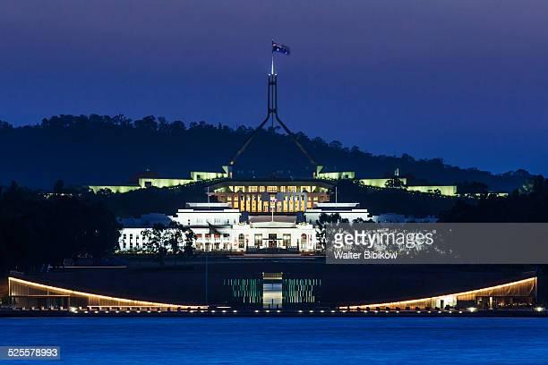 australia, australian capital territory, exterior - オーストラリア国会議事堂 ストックフォトと画像