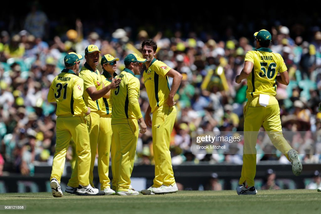 Australia celebrate the wicket of Jason Roy during game three of the One Day International series between Australia and England at Sydney Cricket Ground on January 21, 2018 in Sydney, Australia.