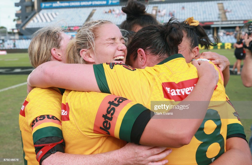 Australia celebrate their win during the 2017 Rugby League World Cup Semi Final match between Australia and Canada at Southern Cross Group Stadium on November 26, 2017 in Sydney, Australia.