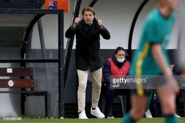 Australia coach Tony Gustavsson during the international women's friendly match between the Netherlands and Australia at the Goffert Stadium on April...