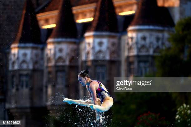 Australia compete during the Synchronised Swimming Team Free preliminary round on day six of the Budapest 2017 FINA World Championships on July 19...