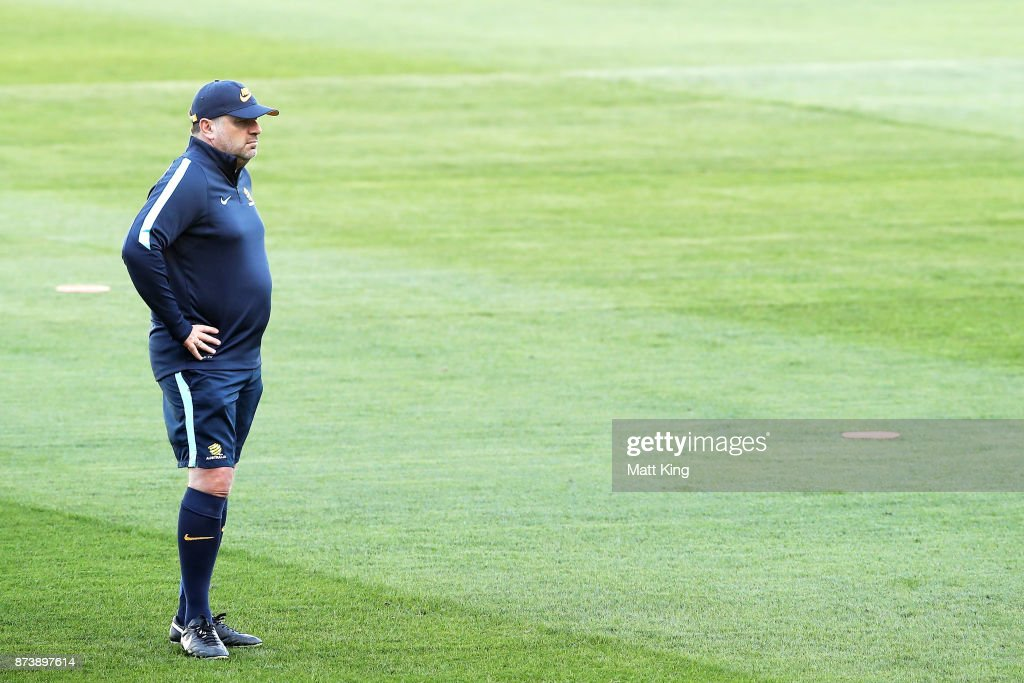 Australian Socceroos Training Session : ニュース写真
