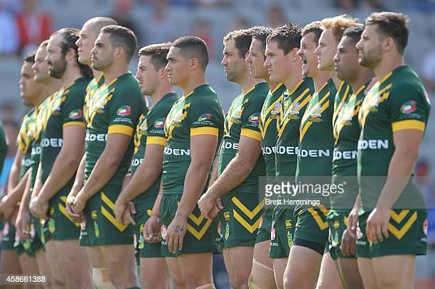 Australia looks on as Samoa performs the Haka during the Four Nations match between the Australian Kangaroos and Samoa at WIN Stadium on November 9...