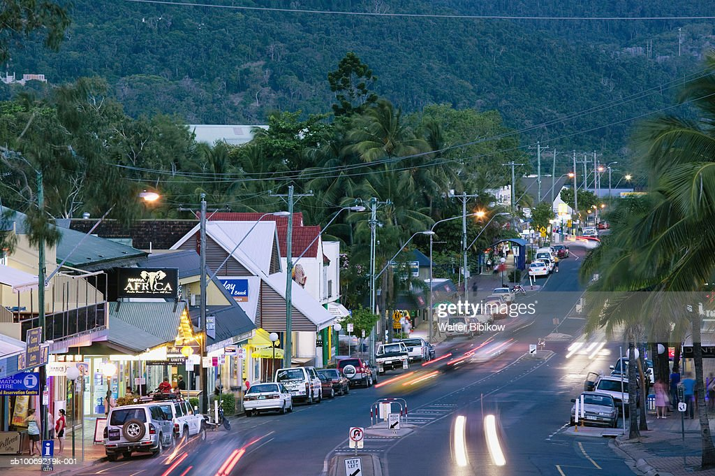 Australia, Queensland, Airlie Beach , Traffic on road : Stockfoto
