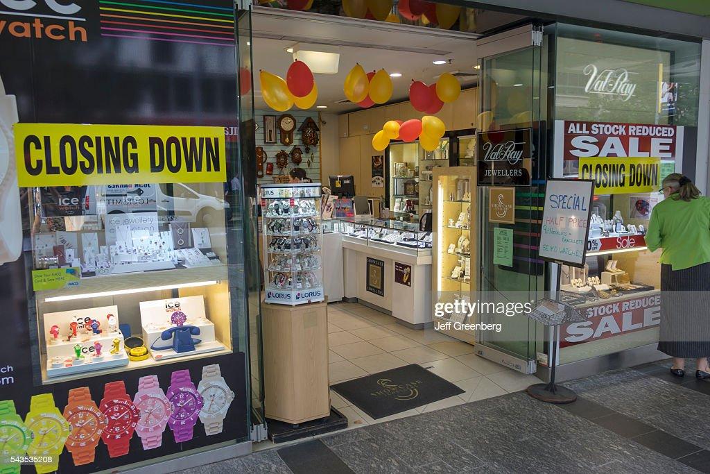 Australia, Queensland, Brisbane Square George Street Val-Ray Jewelers sign closing : News Photo