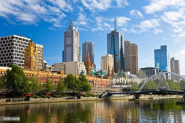 australia, victoria, melbourne, yarra river - ヤラ川 ストックフォトと画像
