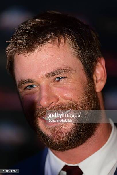 Australian actor Chris Hemsworth attends The Huntsman Winter's War Premiere at Universal Studios Singapore on April 3 2016 in Singapore