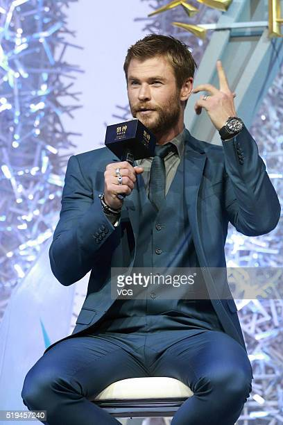 Australian actor Chris Hemsworth attends the press conference of French director Cedric NicolasTroyan's film The Huntsman Winter's War on April 6...