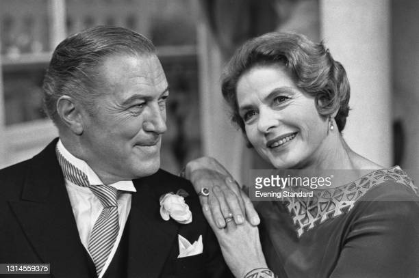 Australian actor John McCallum with Swedish actress Ingrid Bergman , UK, 20th September 1973. They are starring together in the play 'The Constant...