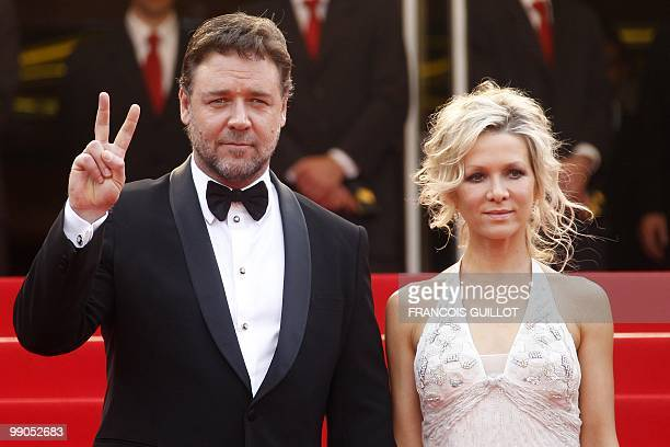 Australian actor Russell Crowe and his wife Danielle Spencer arrive for the opening ceremony and screening of Robin Hood presented out of competition...